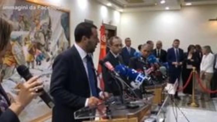 """Salvini alla Tunisia: """"Prima lo stop ai migranti poi gli accordi commerciali"""""""