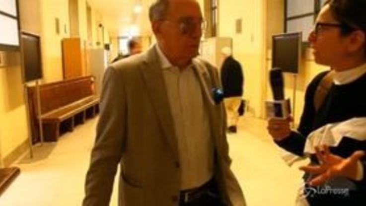 """Milano, processo amianto alla Scala. Ex sindaco Pillitteri: """"Non ricordo"""""""