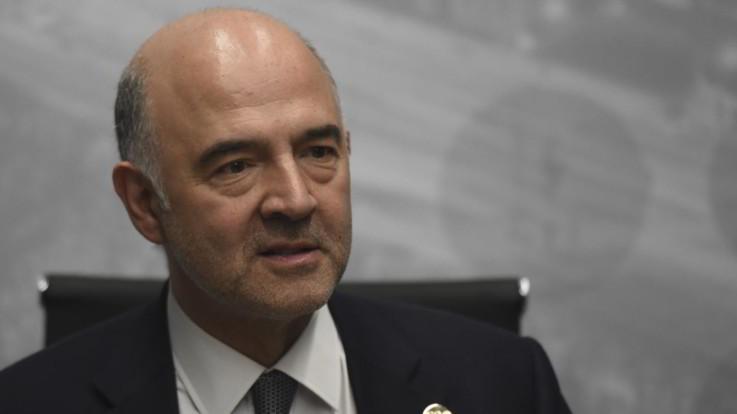 """Deficit al 2,4%, Moscovici avverte l'Italia: """"Quando un Paese si indebita si impoverisce"""""""