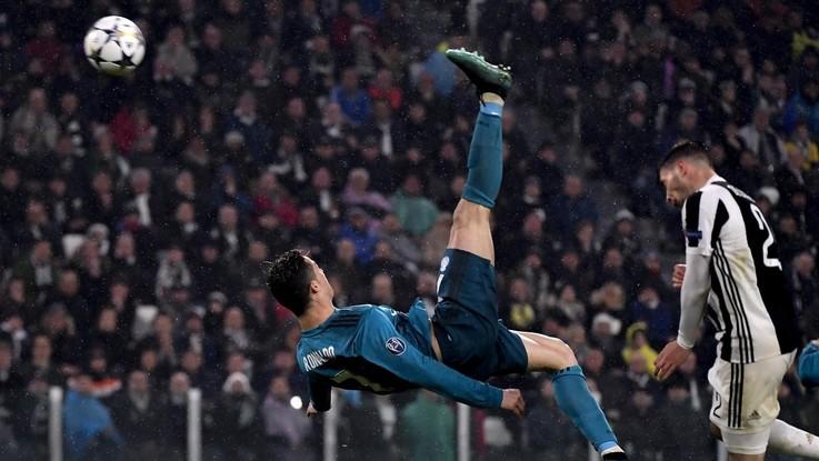 """Cristiano Ronaldo, sportivo ma non troppo: """"Bravo Salah, ma il gol più bello era mio"""""""