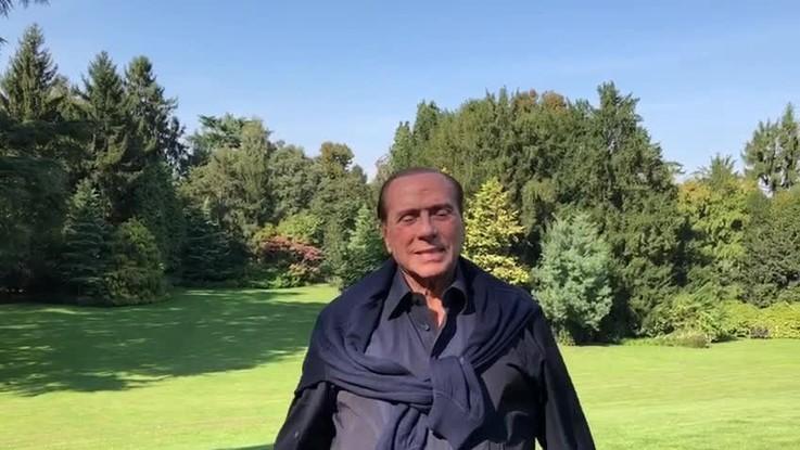 """Berlusconi compie 82 anni: """"Grazie per la stima, cercherò di continuare a meritarla"""""""
