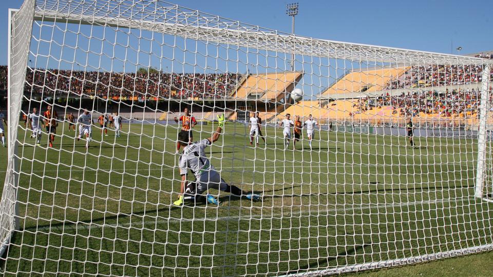 Lecce-Cittadella 1-1. Il rigore di Mancosu ©