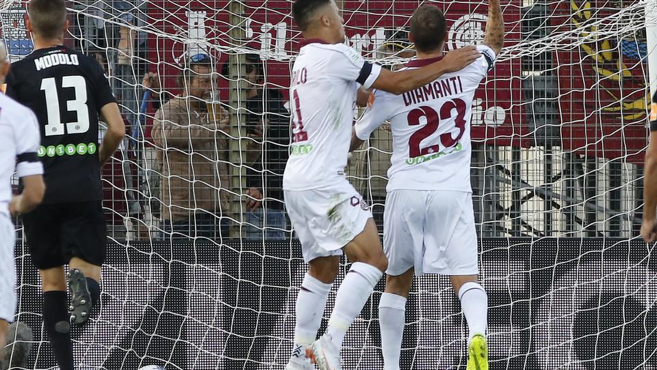 Venezia-Livorno 1-1. Il rigore di Diamanti per l'1-0 toscano ©