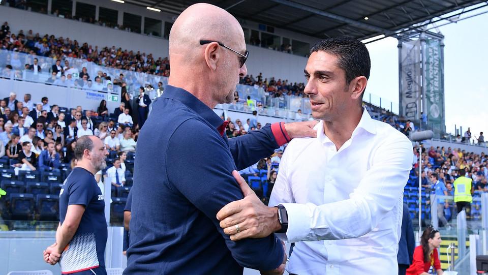 Il saluto prima del match tra Longo e Ballardini ©