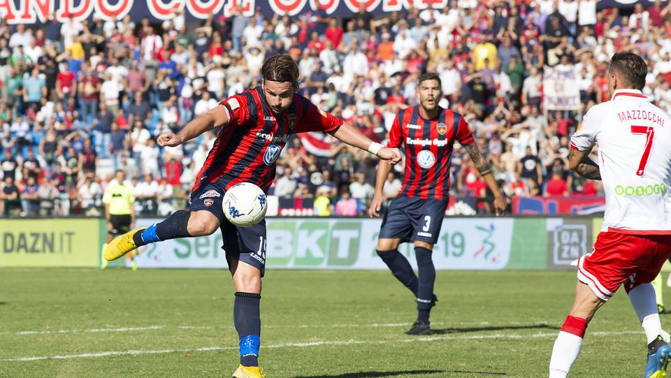 Cosenza-Perugia 1-1: Maneiro segna il gol dell'1-0 ©