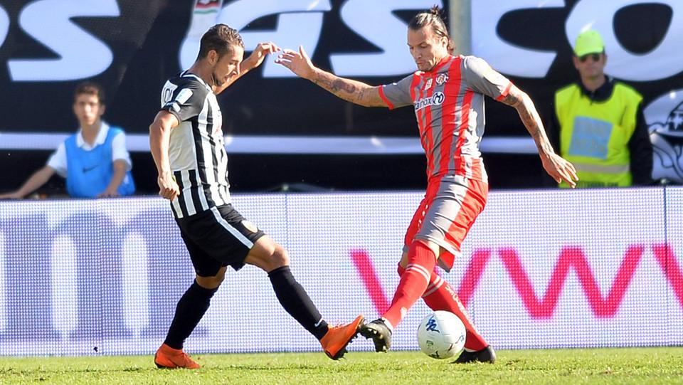 Ascoli-Cremonese 0-0: Ganz ©