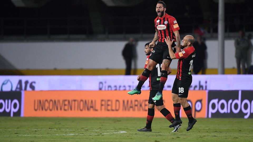 Benevento-Foggia 1-3: Kragl esulta dopo aver segnato la rete dell'1-1 ©