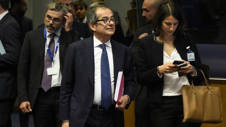 """Manovra, Tria rassicura l'Ue: """"Deve stare tranquilla. Il rapporto tra debito e Pil scenderà"""""""