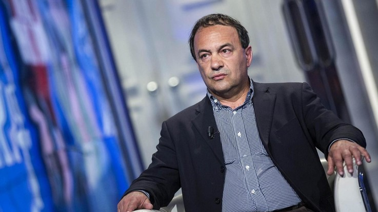 Matrimoni di convenienza tra migranti e italiani: arrestato il sindaco di Riace