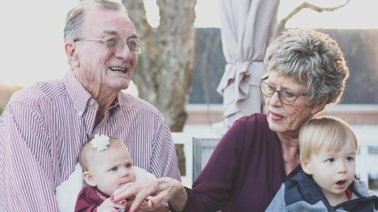 Festa per 12 milioni di nonni: i pilastri dell'economia e delle tradizioni
