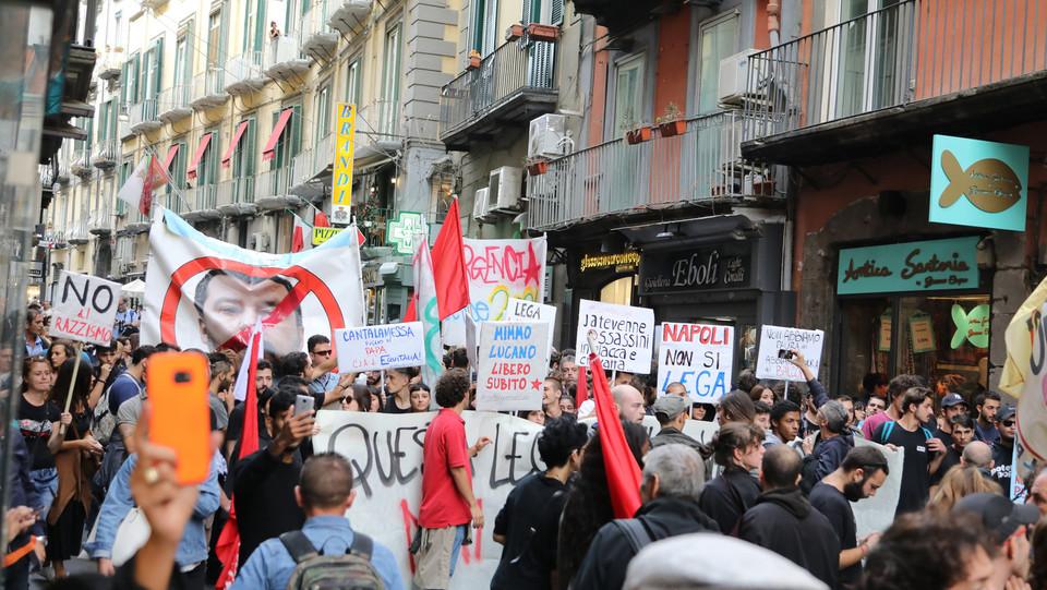 Il corteo per le vie di Napoli ©