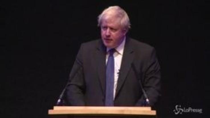 """Brexit, Boris Johnson attacca il piano di May: """"È ora di scaricarlo"""""""