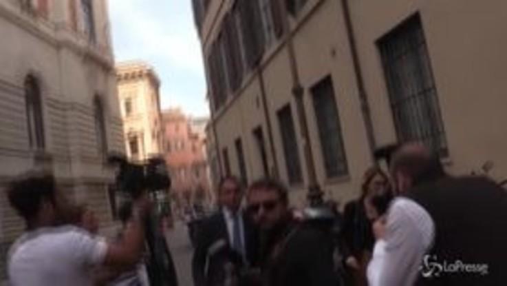 """Di Maio scherza con i giornalisti: """"Non dico state sereni perché porta male"""""""