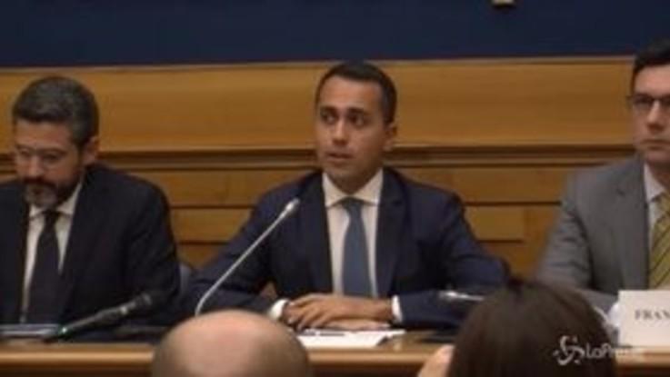 """Manovra, Di Maio: """"In passato è stato fatto deficit ma per salvare le banche"""""""
