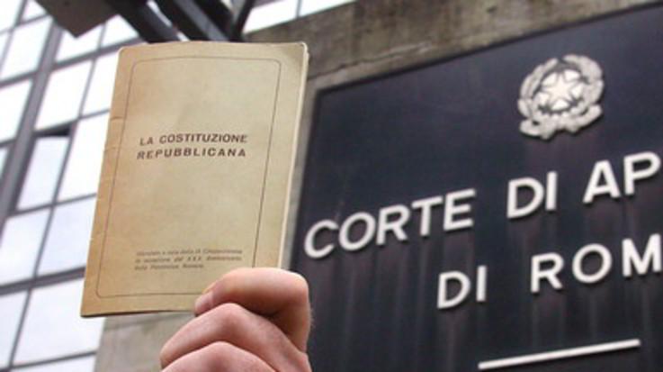 Lega-M5s vogliono cambiare la Costituzione: taglio a parlamentari e referendum propositivo
