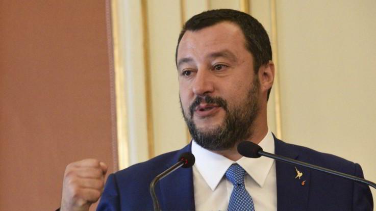 """Manovra, passi indietro sul deficit. Salvini: """"2,4% solo per il primo anno"""""""