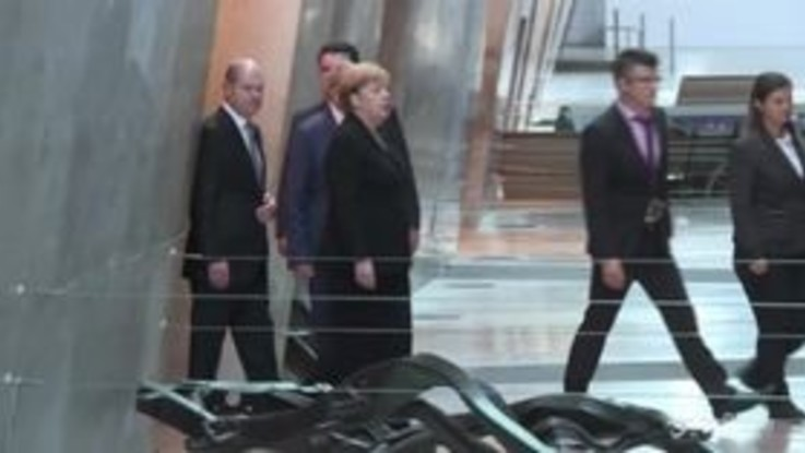 La Merkel al museo dell'Olocausto a Gerusalemme