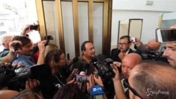 """Riace, sindaco Lucano: """"Mi hanno fatto la radiografia, non ho nulla da nascondere"""""""