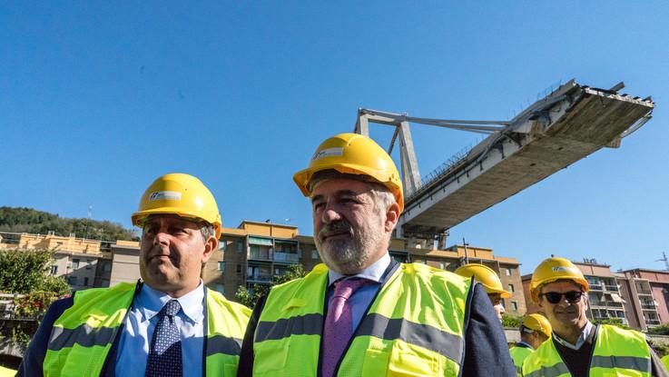 """Genova Marco Bucci sindaco e commissario: """"Un ponte di qualità in meno tempo possibile"""""""