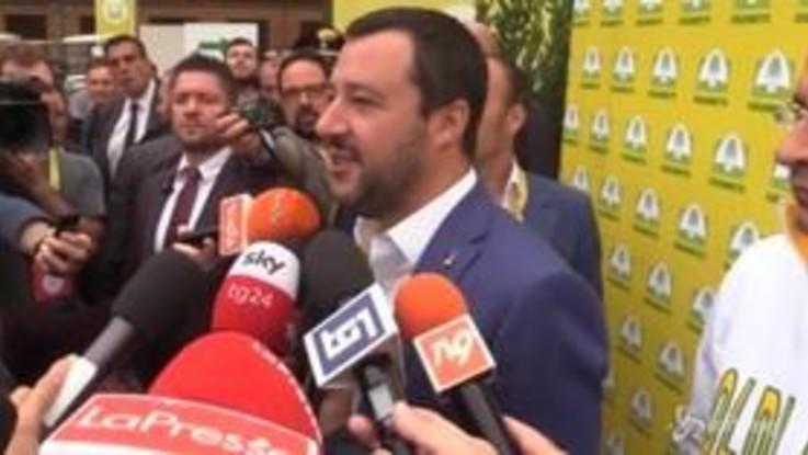 """Salvini: """"Moscovici e Juncker hanno rovinato l'Italia"""""""