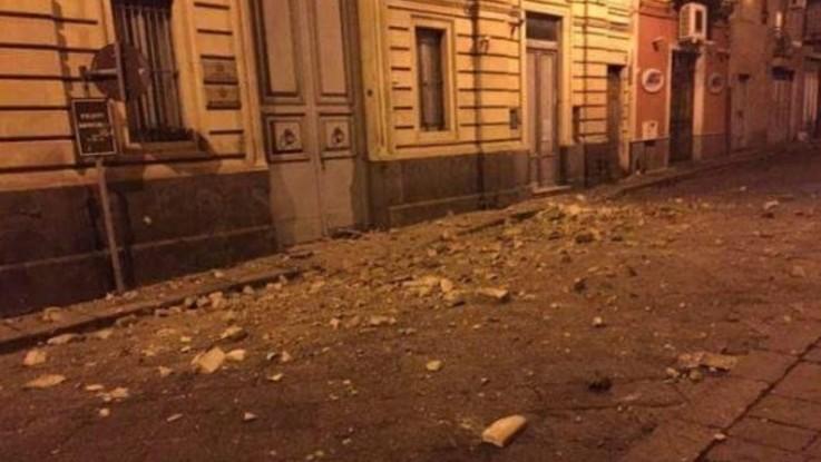 Catania, forte scossa di terremoto: magnitudo 4,8. Nessun ferito