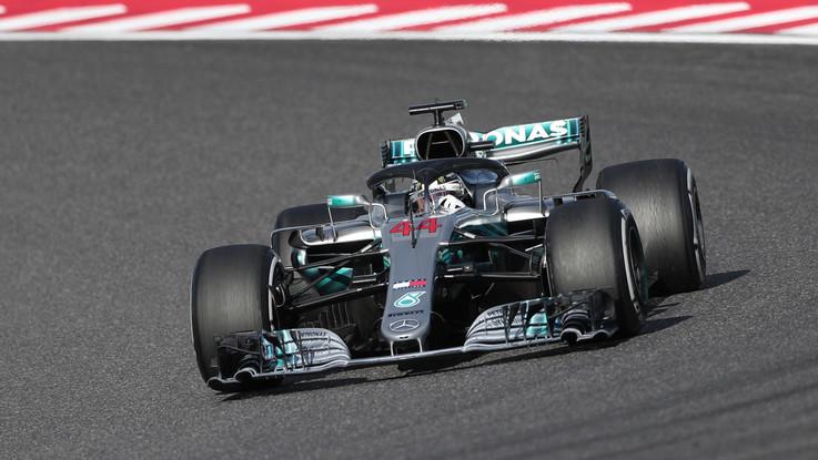 Hamilton vince in Giappone e 'vede' il Mondiale. Male Ferrari, Vettel sesto