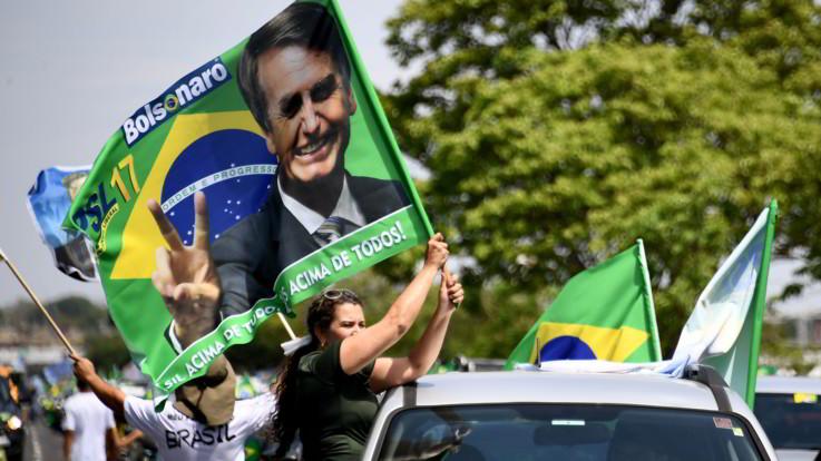 Brasile al voto: 147 milioni di persone alle urne. Sfida tra Bolsonaro e Haddad