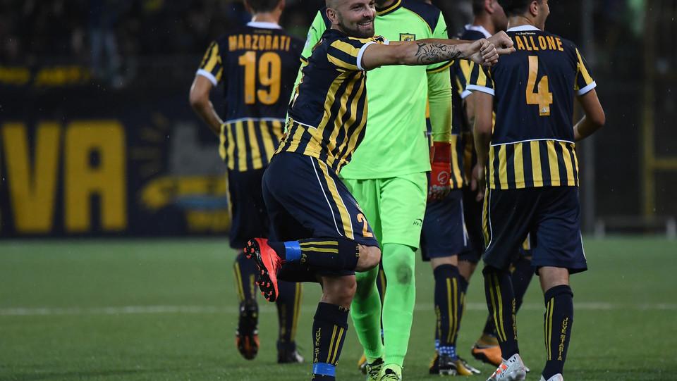 Juve Stabia - Rende Calcio 2-1 - La gioia di Carlini ©