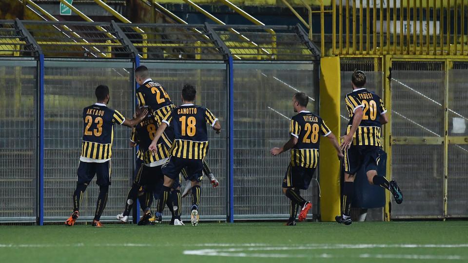 Juve Stabia - Rende Calcio 2-1 - Giacomo Calo (S.S. Juve Stabia) in festa dopo aver segnato la rete dell'2-1 ©
