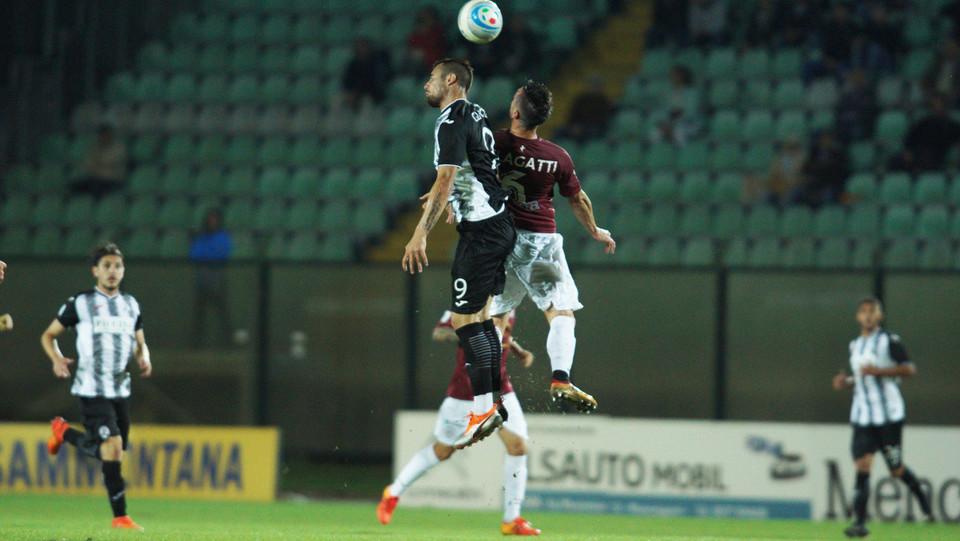 Siena - Arezzo 0-0 - Scontro aereo ©