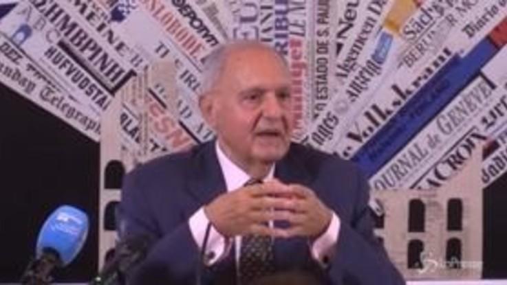 """Il ministro Savona bacchetta Di Maio e Salvini: """"Troppi tecnici nei posti chiave"""""""