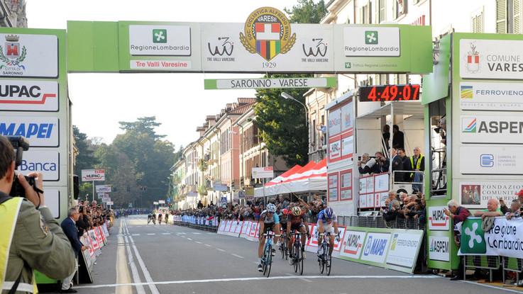 Ciclismo, Tre Valli Varesine: parata di campioni per la classica lombarda