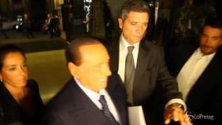 "Berlusconi al Teatro Manzoni: ""Guardiamo al futuro"""