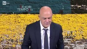 """Crozza a Fazio: """"Sei un nemico di Salvini, come Juncker e un'altra mezza dozzina di Stati"""""""