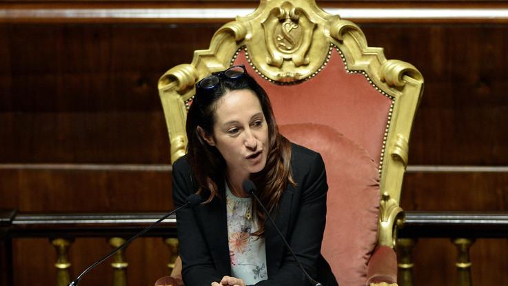 Casa popolare Roma madre di Paola Taverna resiste alla sfratto