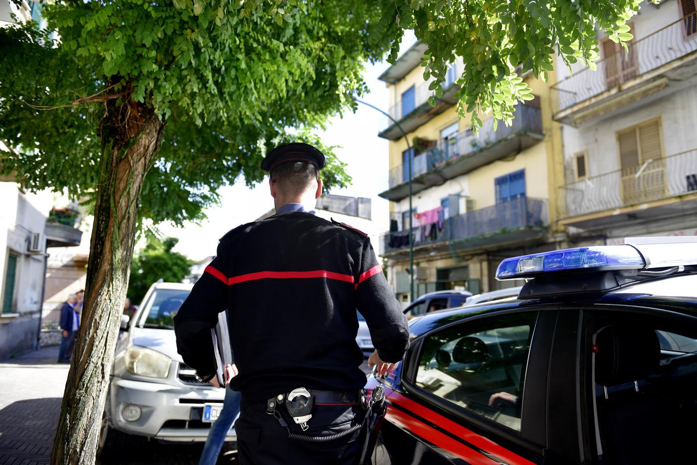 Controllavano compro oro, discoteche e ditte di traslochi: blitz antimafia nel Viterbese, 13 arresti