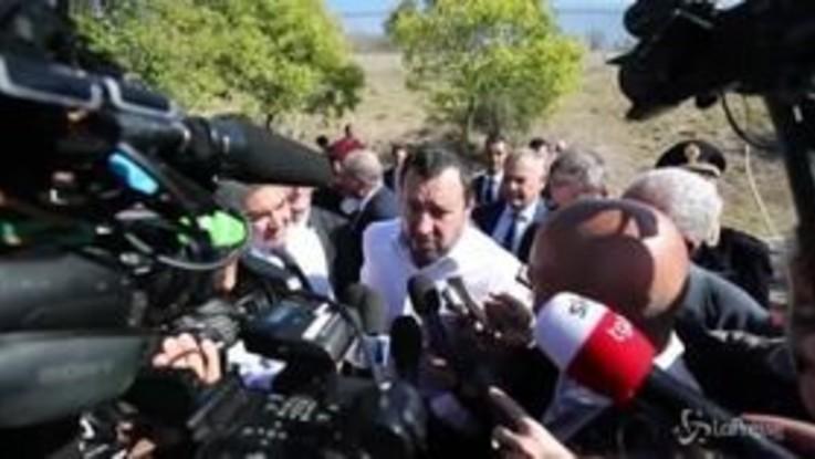 """Salvini: """"Riducendo sbarchi risparmiamo e investiamo in sicurezza"""""""