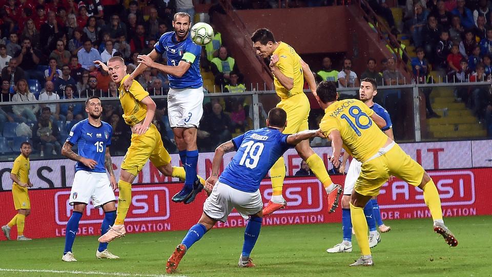 Malinovskyj segna il gol del pareggio ©