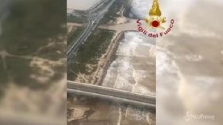 Alluvione Cagliari, le terribili immagini dall'elicottero