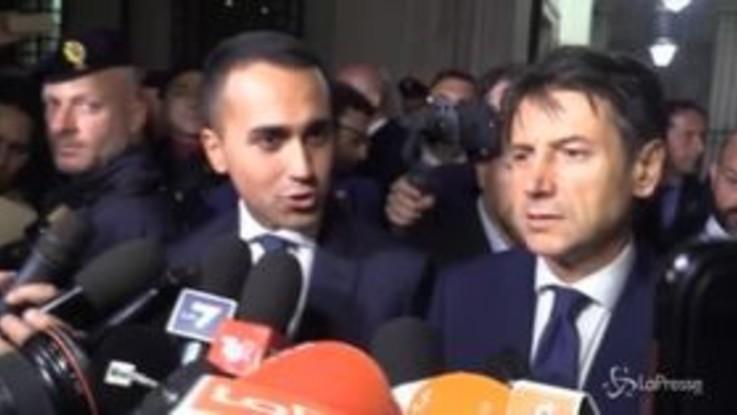 """Il governo a caccia di fondi, Di Maio: """"Tagli a politica e a editoria"""""""