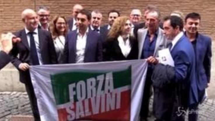 """Il coordinatore di Forza Italia della Calabria presenta """"Forza Salvini"""" e viene sospeso dal partito"""