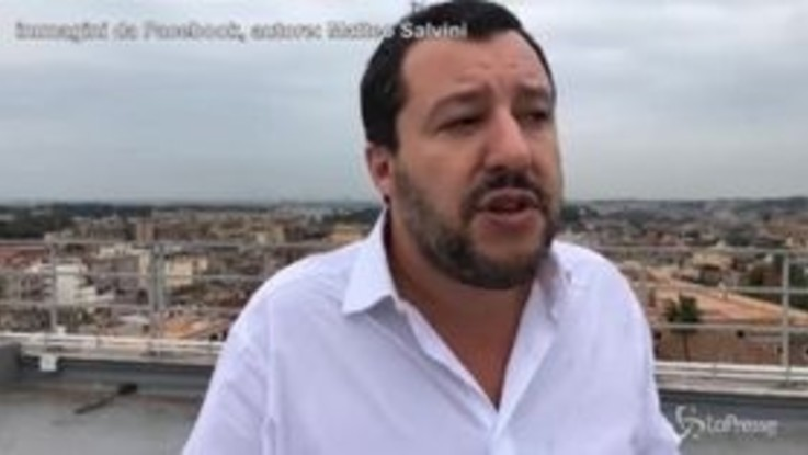 """Salvini-Boeri come Fassino-Grillo: """"Si candidi e vediamo in quanti lo votano"""""""