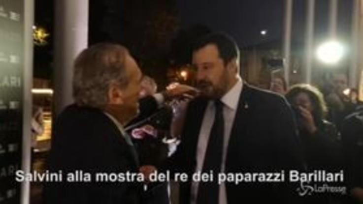 Salvini al Maxxi di Roma rimane bloccato in ascensore