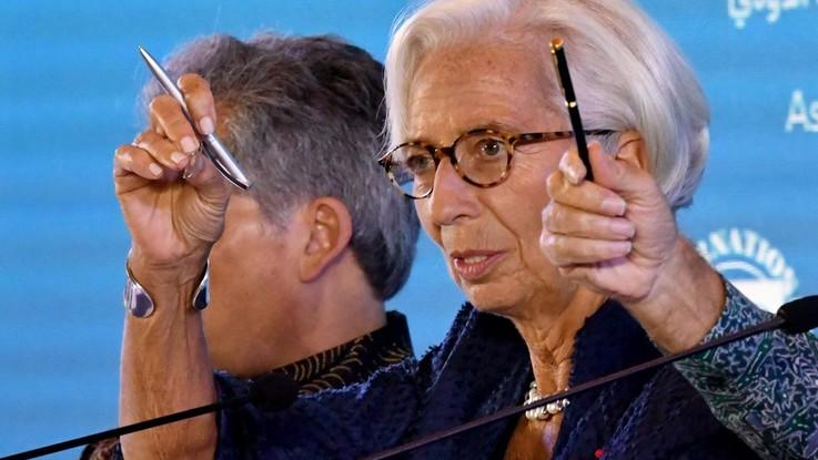 """Monito all'Italia da Fmi e Draghi e Junker attacca: """"L'Italia non rispetta la parola data"""""""