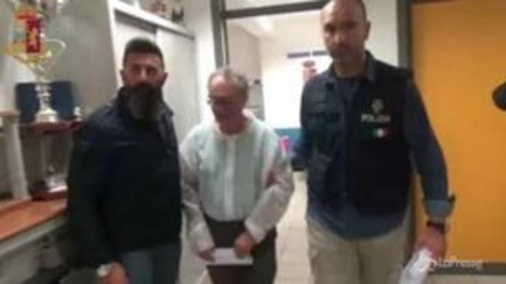 Donna uccisa a Ragusa, il marito portato via dalla polizia