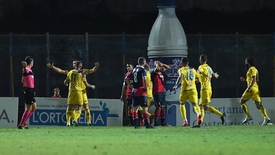Casertana-Catania 1-1. Curiale festeggia il gol ©