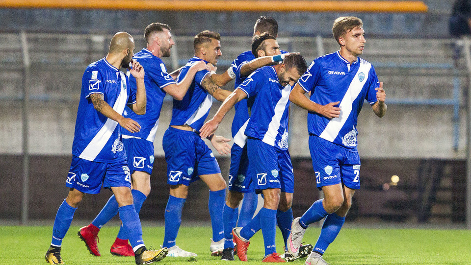 Matera-Virtus Francavilla 1-2. Esultanza dopo il gol di Scaringella ©