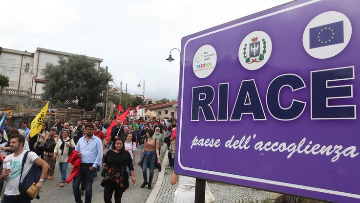 """Caso Riace, l'Anpi al M5S: """"Fermate Salvini, non girate lo sguardo dall'altra parte"""""""