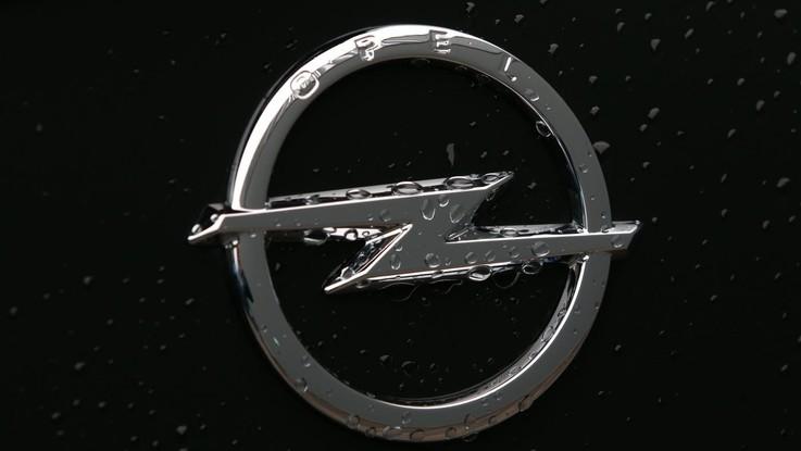 Dieselgate, Opel nel mirino: verso richiamo di 100mila veicoli