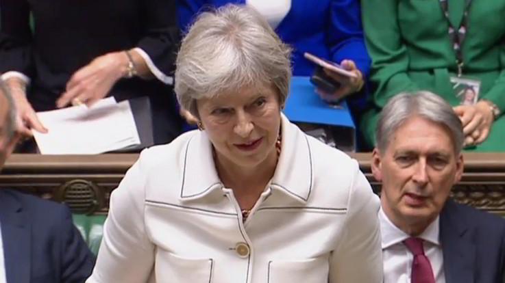 Brexit, May fiduciosa sull'accordo. L'Ue si prepara al 'no-deal'